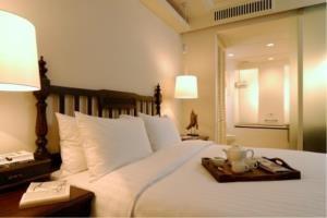 BKK Condos Agency's 2 bedroom condo for rent at Saladaeng Colonnade 2