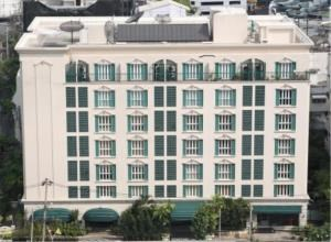 BKK Condos Agency's 2 bedroom condo for rent at Saladaeng Colonnade 4