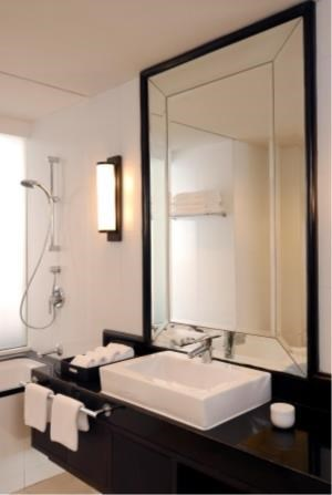 BKK Condos Agency's 2 bedroom condo for rent at Saladaeng Colonnade 12