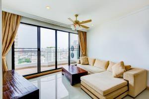 BKK Condos Agency's 2 bedroom condo for sale at Supalai Casa Riva  4