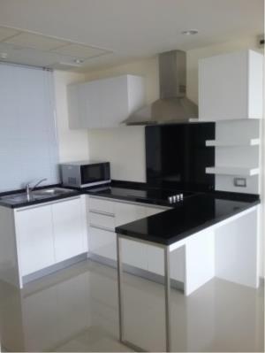 BKK Condos Agency's 3 bedroom condo for rent at Watermark 4