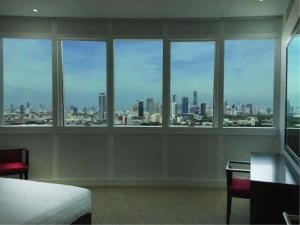 BKK Condos Agency's 3 bedroom condo for rent at Millennium Residence 7