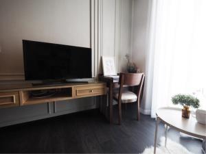 BKK Condos Agency's 1 bedroom condo for rent at Edge Sukhumvit 23 1