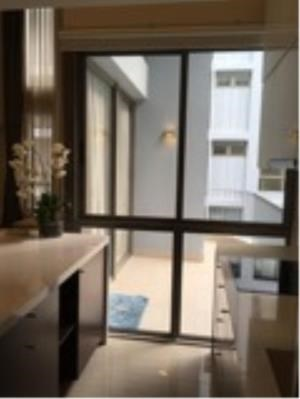 BKK Condos Agency's 3 bedroom condo for rent at Downtown Forty Nine 4