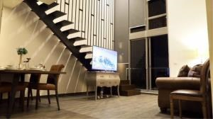BKK Condos Agency's 2 bedroom condo for rent at The Lofts Ekkamai 1