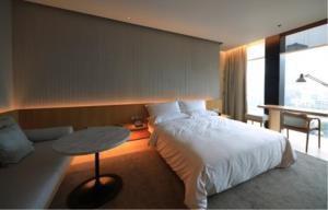 BKK Condos Agency's 3 bedroom condo for rent at The Ritz Carlton Residences at  MahaNakhon 9