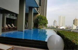 BKK Condos Agency's 1 bedroom condo for rent and for sale at Hive Sathorn 5