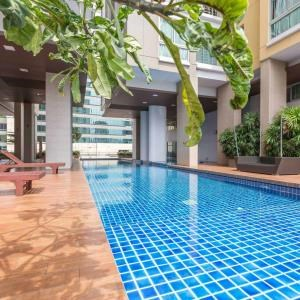 BKK Condos Agency's 1 bedroom condo for rent at My Resort Bangkok 2