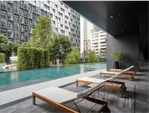 BKK Condos Agency's 1 bedroom condo for rent at Noble Ploenchit 10