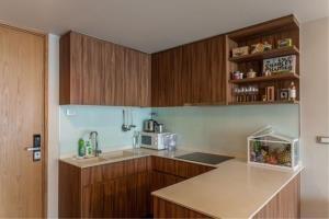 BKK Condos Agency's 2 bedroom condo for rent at Via 31 6