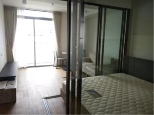 BKK Condos Agency's Studio condo for rent at Siamese Surawong 2