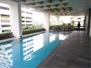 BKK Condos Agency's 1 bedroom condo for rent at Siamese Surawong 5