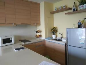 BKK Condos Agency's 1 bedroom condo for rent at Aguston Sukhumvit 22 4