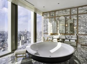 BKK Condos Agency's Penthouse condo for rent at The Ritz Carlton Residences at MahaNakhon 5