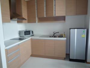 BKK Condos Agency's 1 bedroom condo for rent at The Emporio Place 5