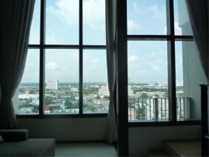 BKK Condos Agency's 1 bedroom condo for rent at The Emporio Place 8