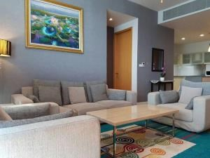 BKK Condos Agency's 2 bedroom, 90sqm condo for rent at Millennium Residences, Bangkok 6