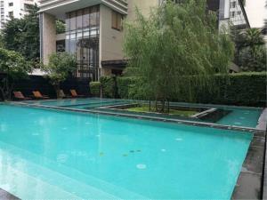 BKK Condos Agency's Emporio Place Sukhumvit 24 2 bedroom for rent 10