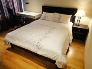 BKK Condos Agency's Emporio Place Sukhumvit 24 2 bedroom for rent 3