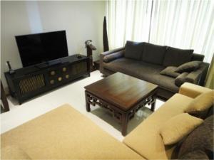 BKK Condos Agency's Emporio Place Sukhumvit 24 2 bedroom for rent 4