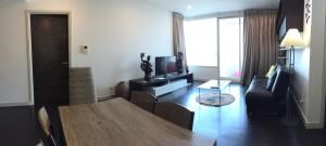 BKK Condos Agency's 2 bedroom condo for rent at Watermark by the river 4