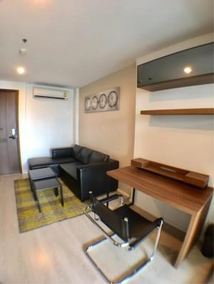 BKK Condos Agency's 1 bedroom condo available for rent at Rhythm Sathorn Narathiwas 3