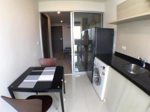 BKK Condos Agency's 1 bedroom condo available for rent at Rhythm Sathorn Narathiwas 2