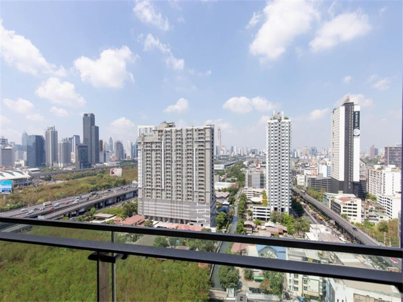 Plus Property Agency's Rent : CD188861 THE LINE ASOKE-RATCHADA Condominium New Petchburi - Rama 9 Bangkok 20