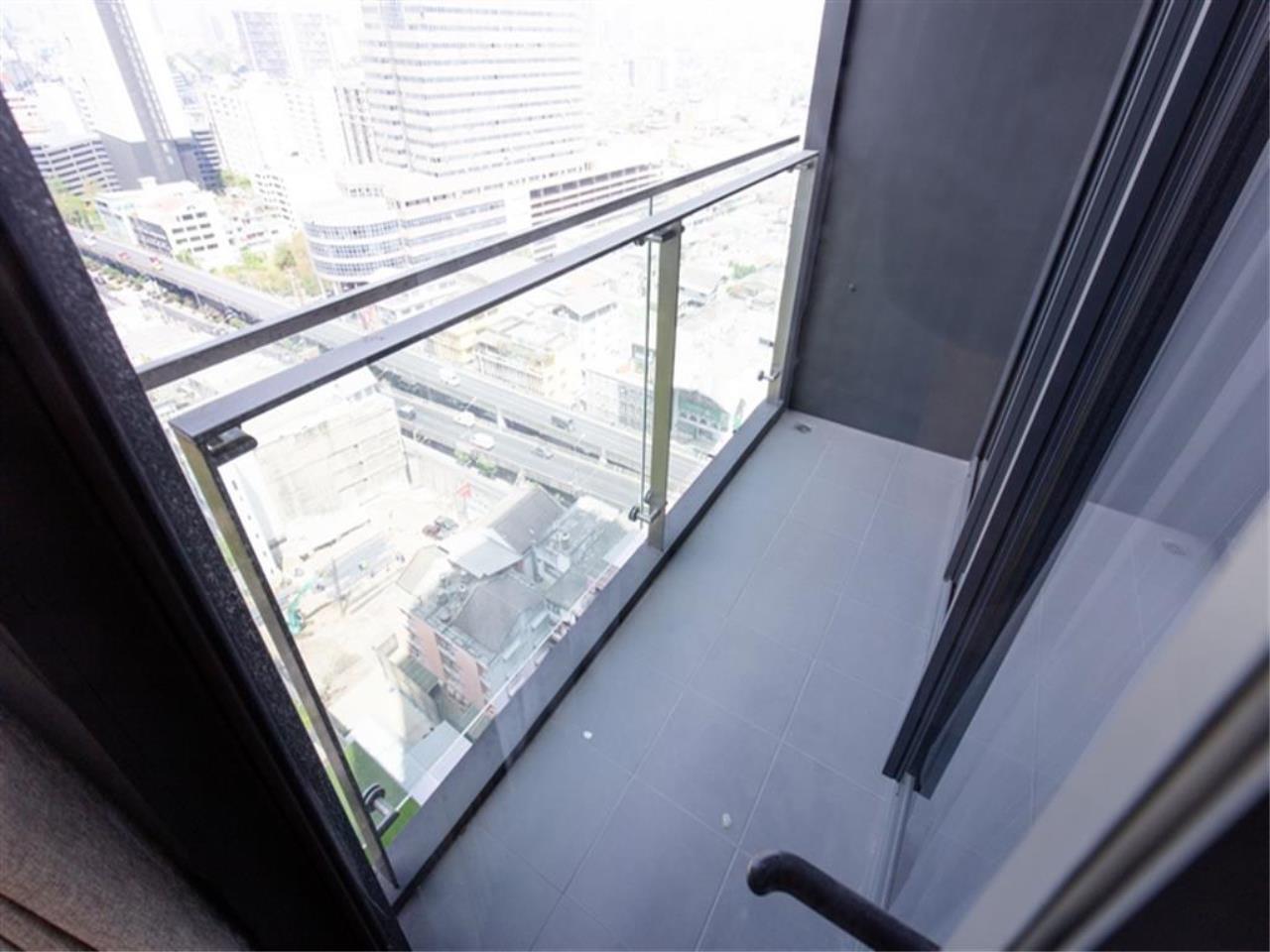 Plus Property Agency's Rent : CD188863 THE LINE ASOKE-RATCHADA Condominium New Petchburi - Rama 9 Bangkok 1