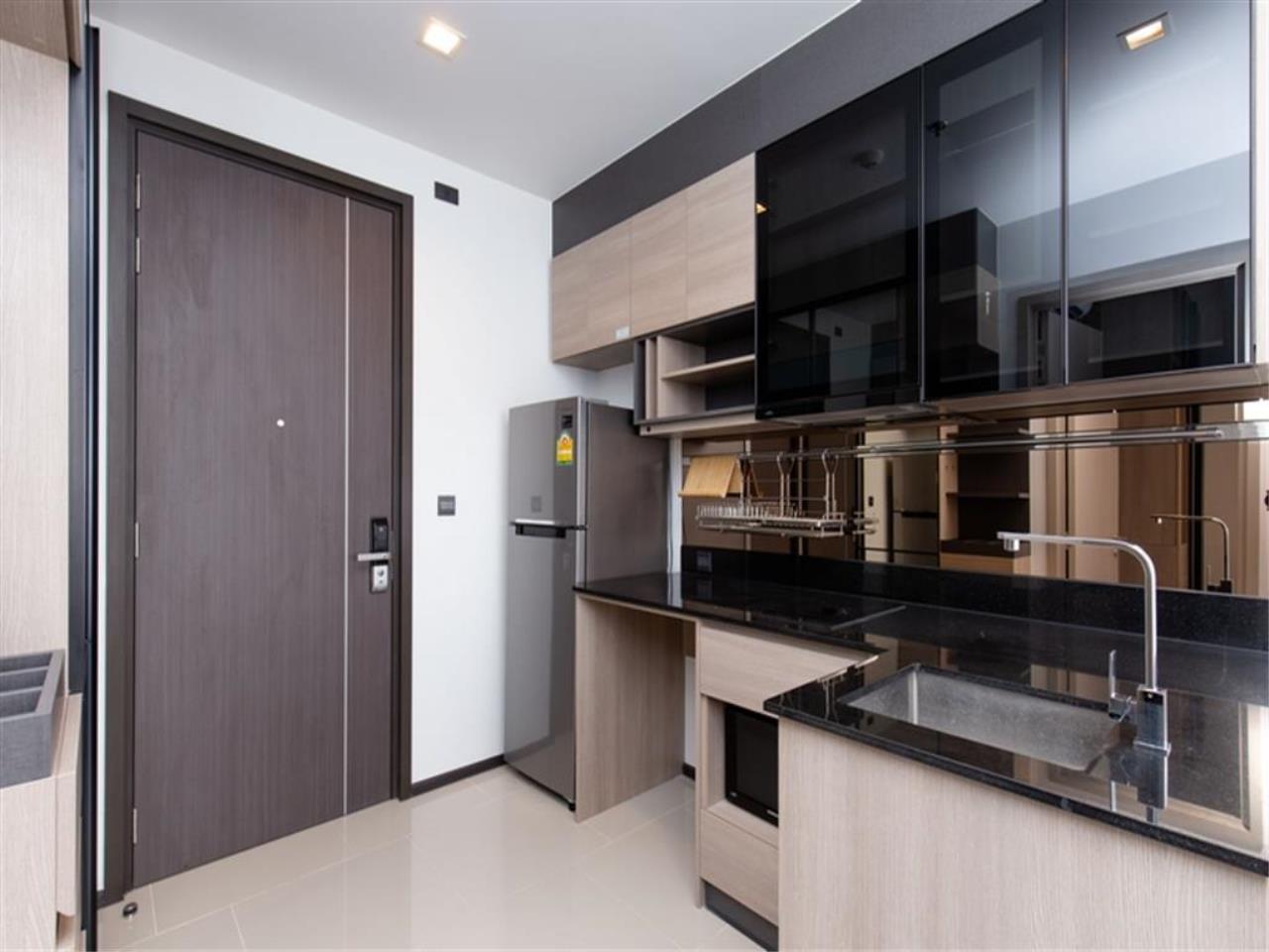 Plus Property Agency's Rent : CD188866 THE LINE ASOKE-RATCHADA Condominium New Petchburi - Rama 9 Bangkok 9