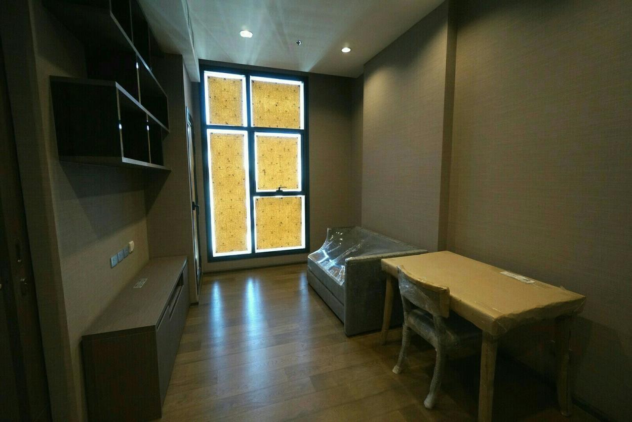 Arken Estate Agency Property Agency near BTS & MRT Agency's Diplomat Sathorn 1 bed 1 bath 5