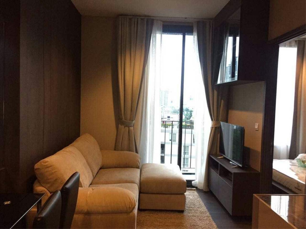Arken Estate Agency Property Agency near BTS & MRT Agency's Edge by Sansiri Sukhumvit 23 1 bed 1 bath 1