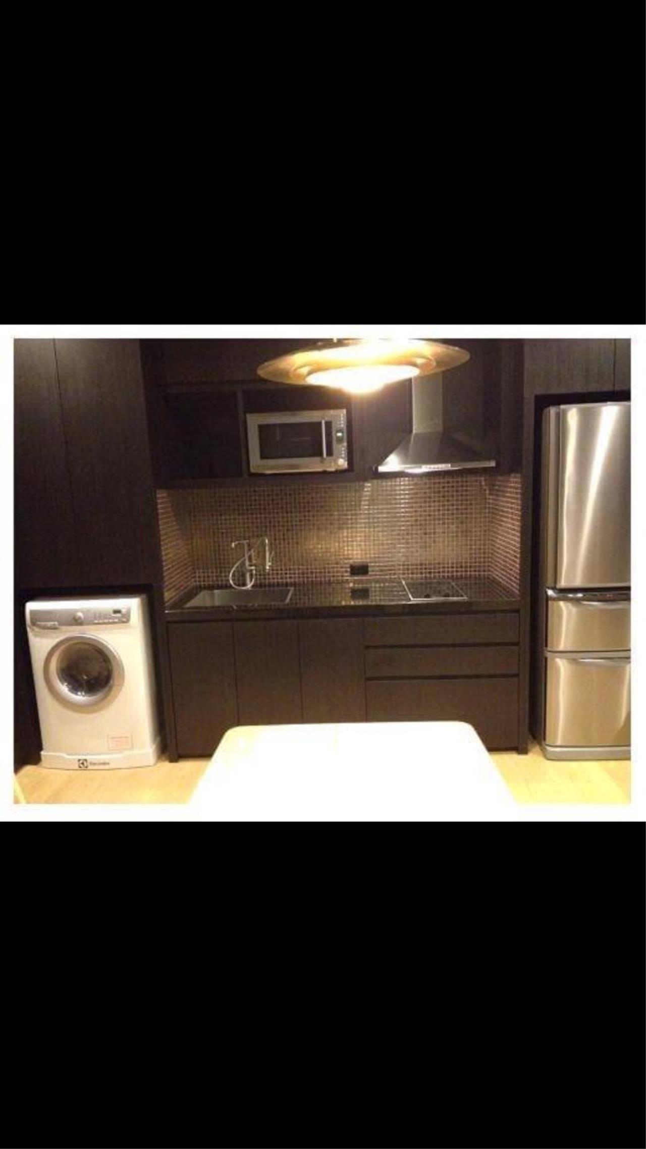 Arken Estate Agency Property Agency near BTS & MRT Agency's Noble Reveal BTS Ekkamai 2 bed 2 bath 3