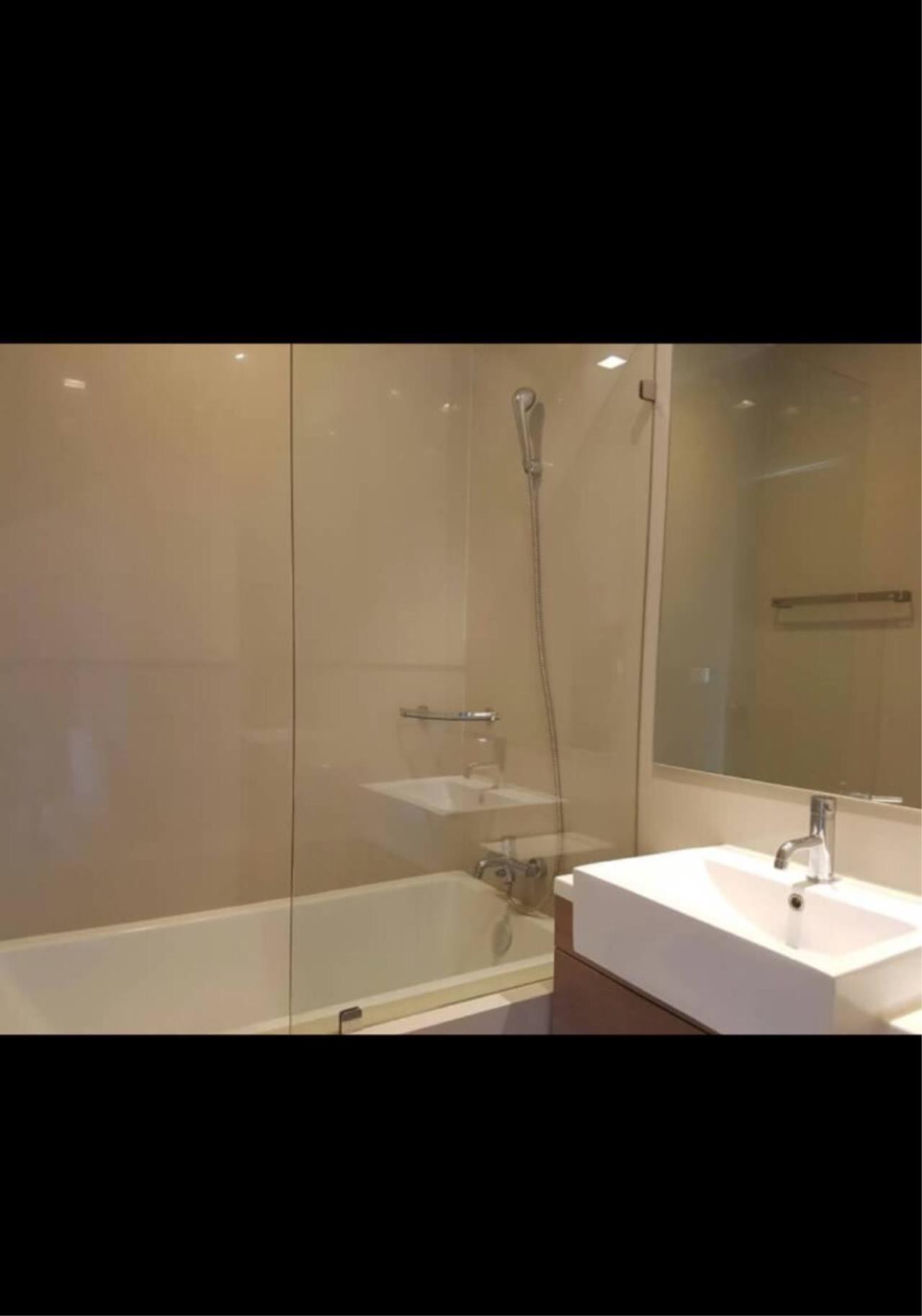 Arken Estate Agency Property Agency near BTS & MRT Agency's Noble Reveal BTS Ekkamai 2 bed 2 bath 4