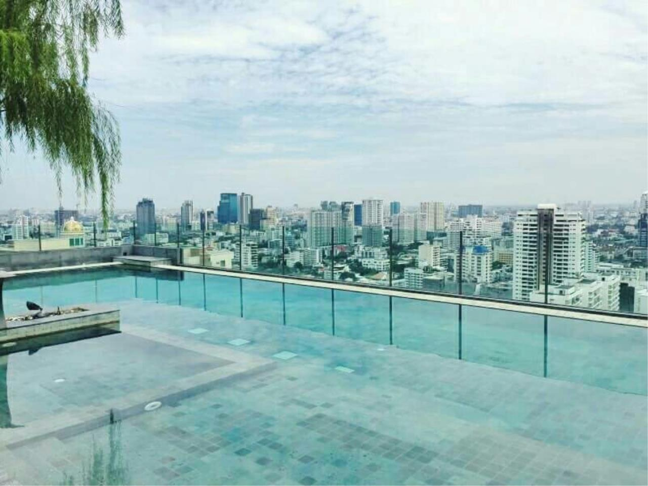 Arken Estate Agency Property Agency near BTS & MRT Agency's H Sukhumvit 43 1 bed 1 bath  5