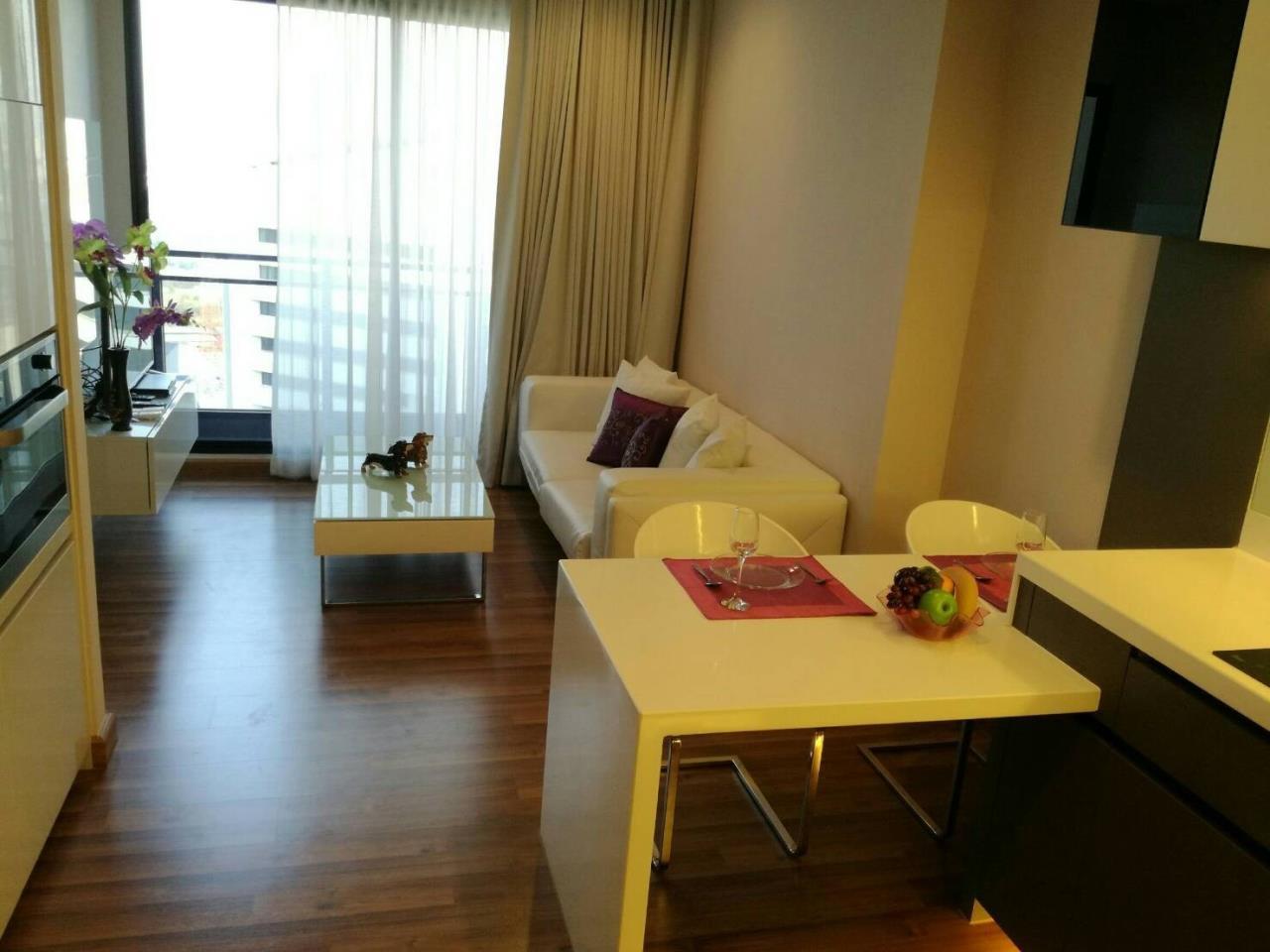 Arken Estate Agency Property Agency near BTS & MRT Agency's For Rent..IVY Ampio 1 bed 1 bath 1