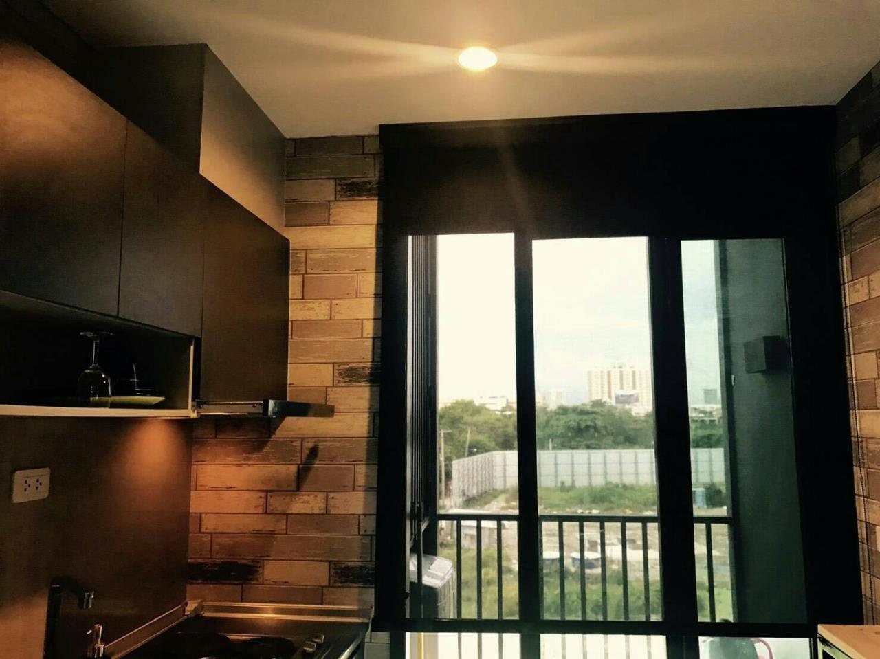 Arken Estate Agency Property Agency near BTS & MRT Agency's For Sale..The Base Rama 9-Rhamkhamhang 1 bed 1 bath 4