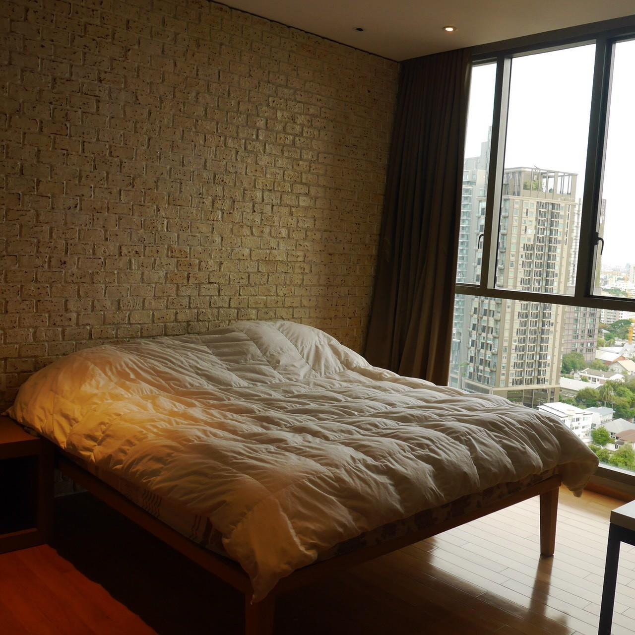 Arken Estate Agency Property Agency near BTS & MRT Agency's For Sale/Rent..Aequa Sukhumvit 49.. 1 bed 1 bath 1