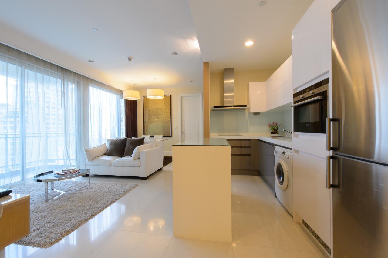 Arken Estate Agency Property Agency near BTS & MRT Agency's For Sale/Rent..Q House Langsuan 2 bed 4