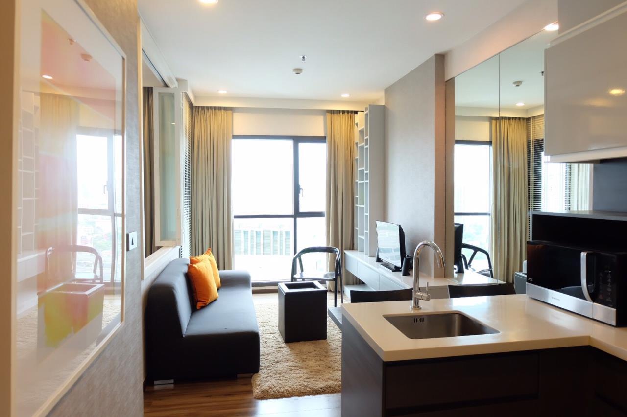 Arken Estate Agency Property Agency near BTS & MRT Agency's For Sale..Wyne Sukhumvit by Sansiri 1 bed 1bath 2