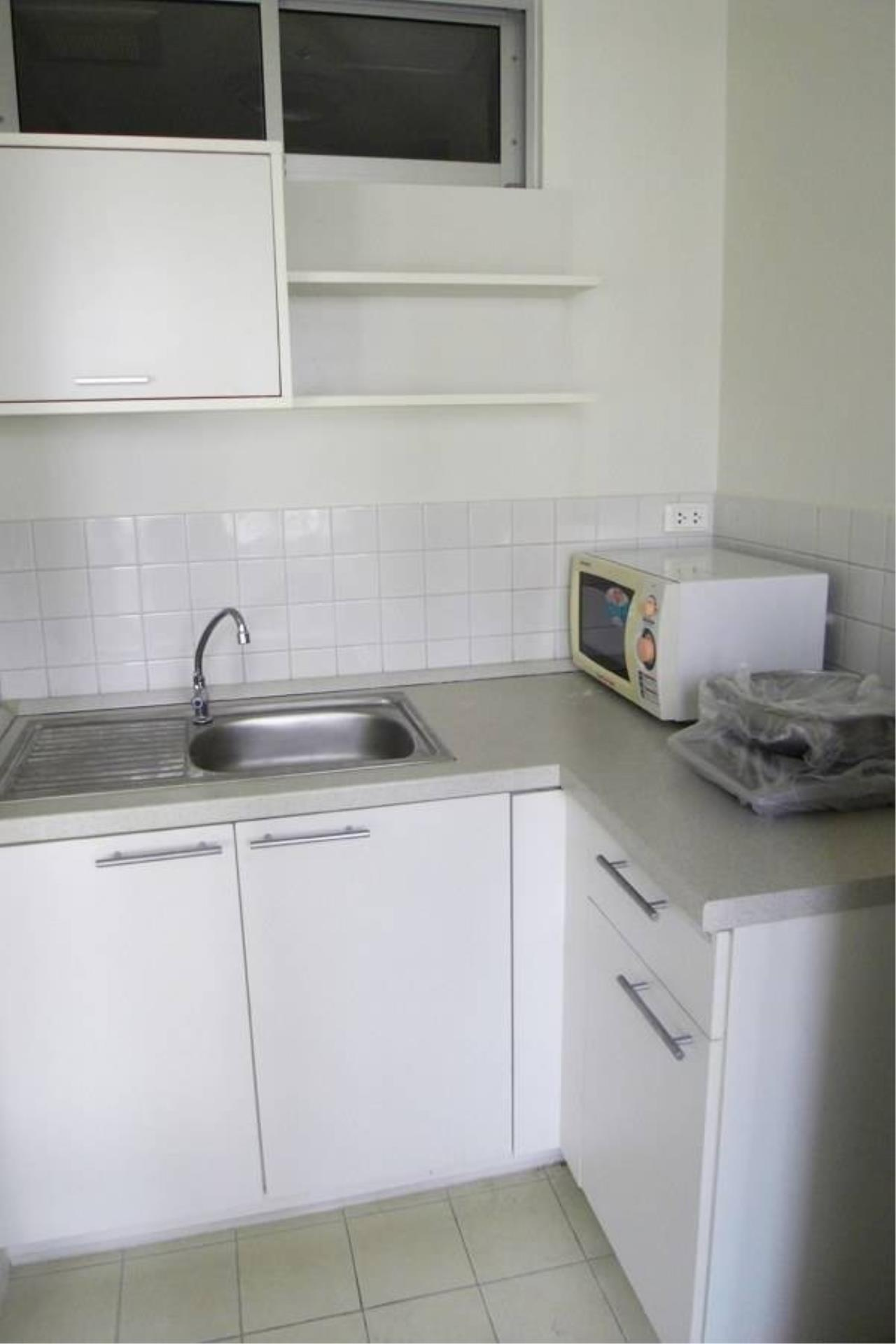Arken Estate Agency Property Agency near BTS & MRT Agency's For Sale..Condo One X 1 bed 1 bath 4