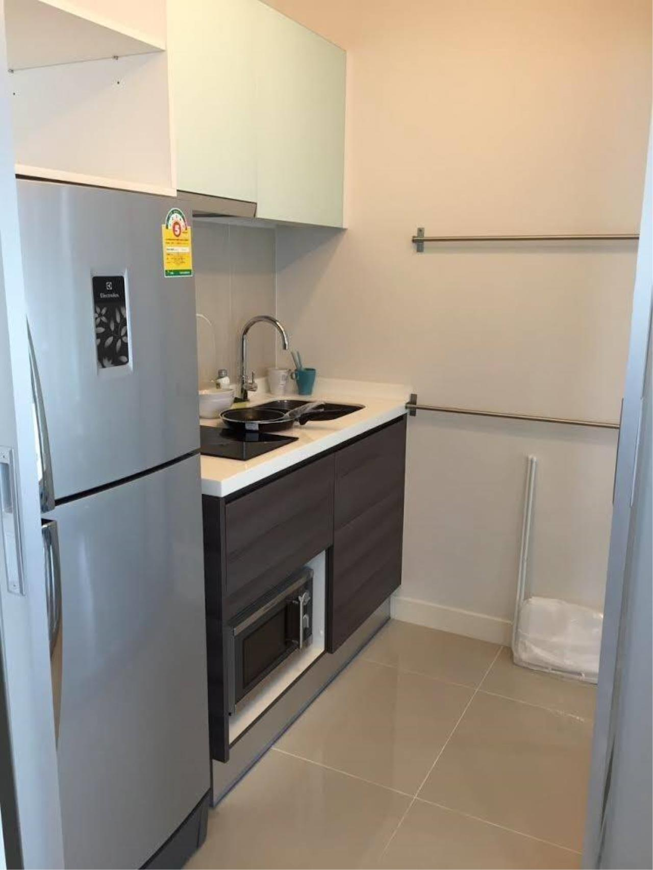 Arken Estate Agency Property Agency near BTS & MRT Agency's For Rent Centric Sathorn 2 bed 2 bath 5
