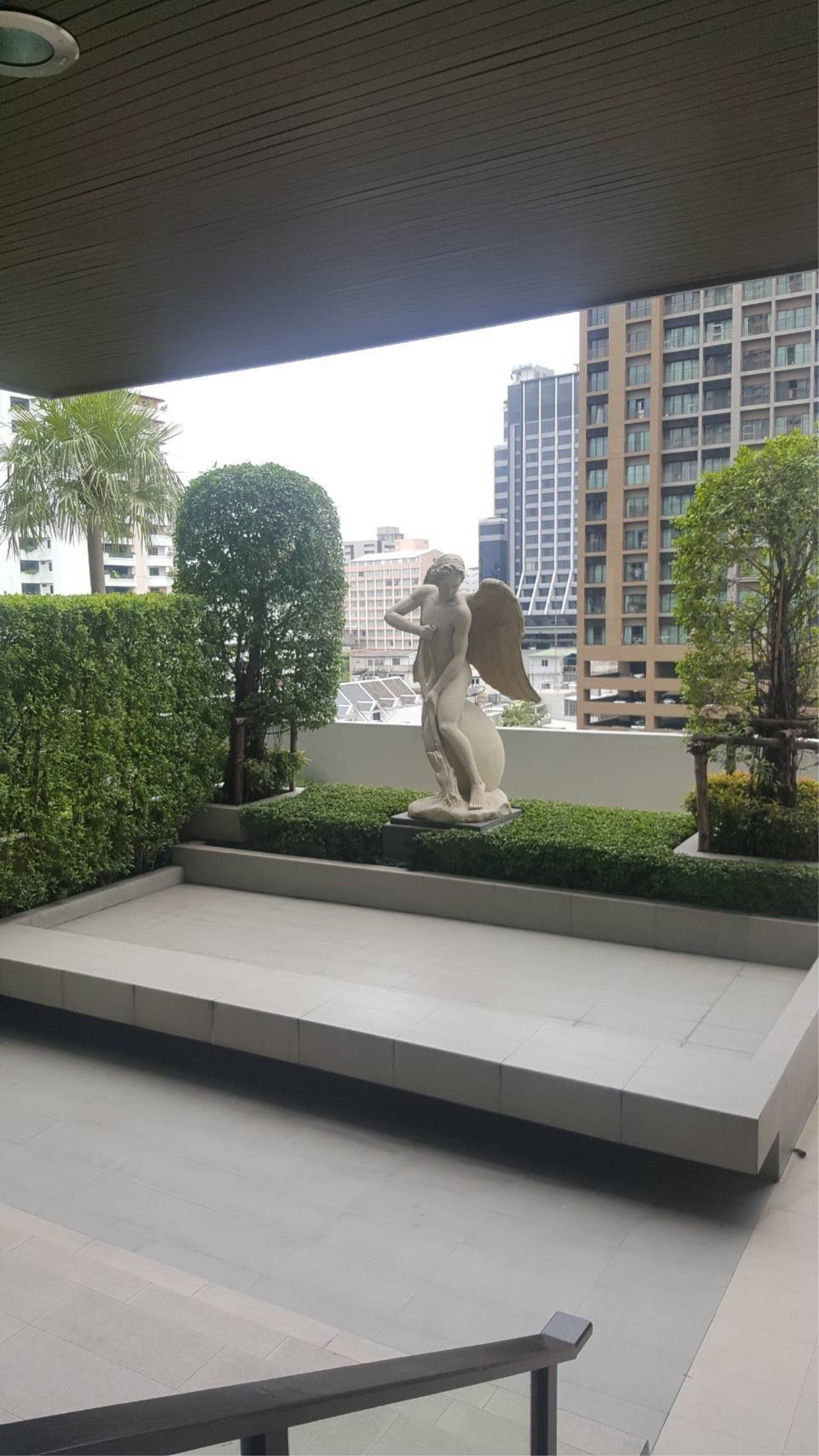 Arken Estate Agency Property Agency near BTS & MRT Agency's For Sale The Address Sukhumvit 28 6