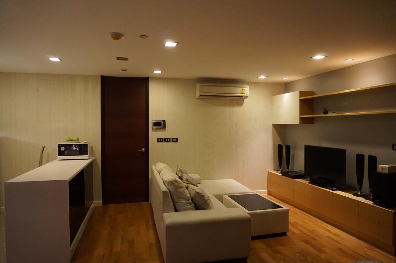 Arken Estate Agency Property Agency near BTS & MRT Agency's For Rent..Quad Silom 1 bed 1 bath 1