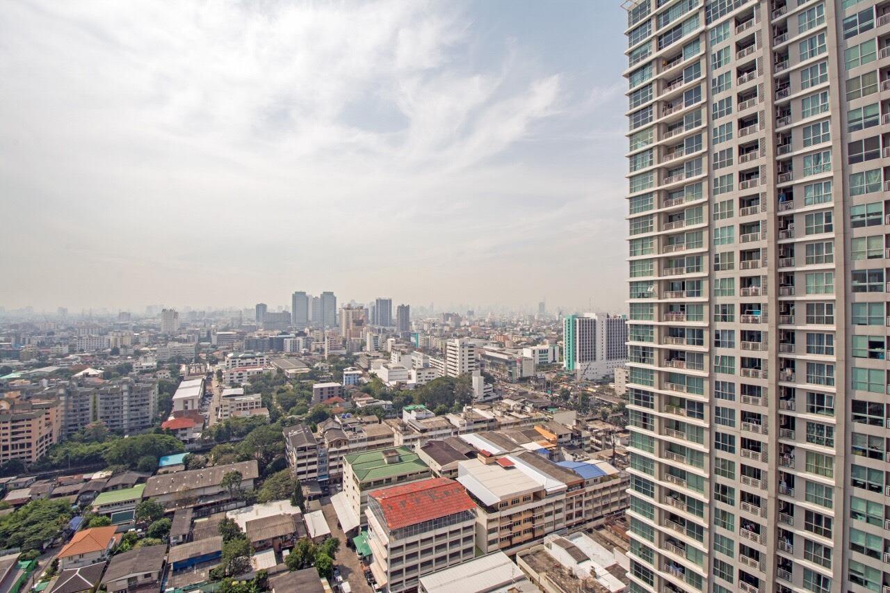 Arken Estate Agency Property Agency near BTS & MRT Agency's Rhythm Ratchada 9