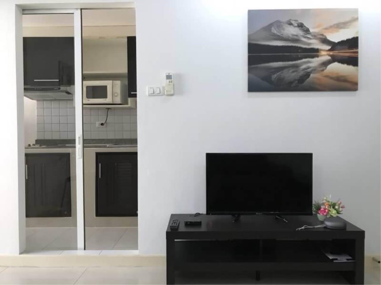 Arken Estate Agency Property Agency near BTS & MRT Agency's Zenith Place 1bedroom Good price 15K ( 1 unit available ) 3