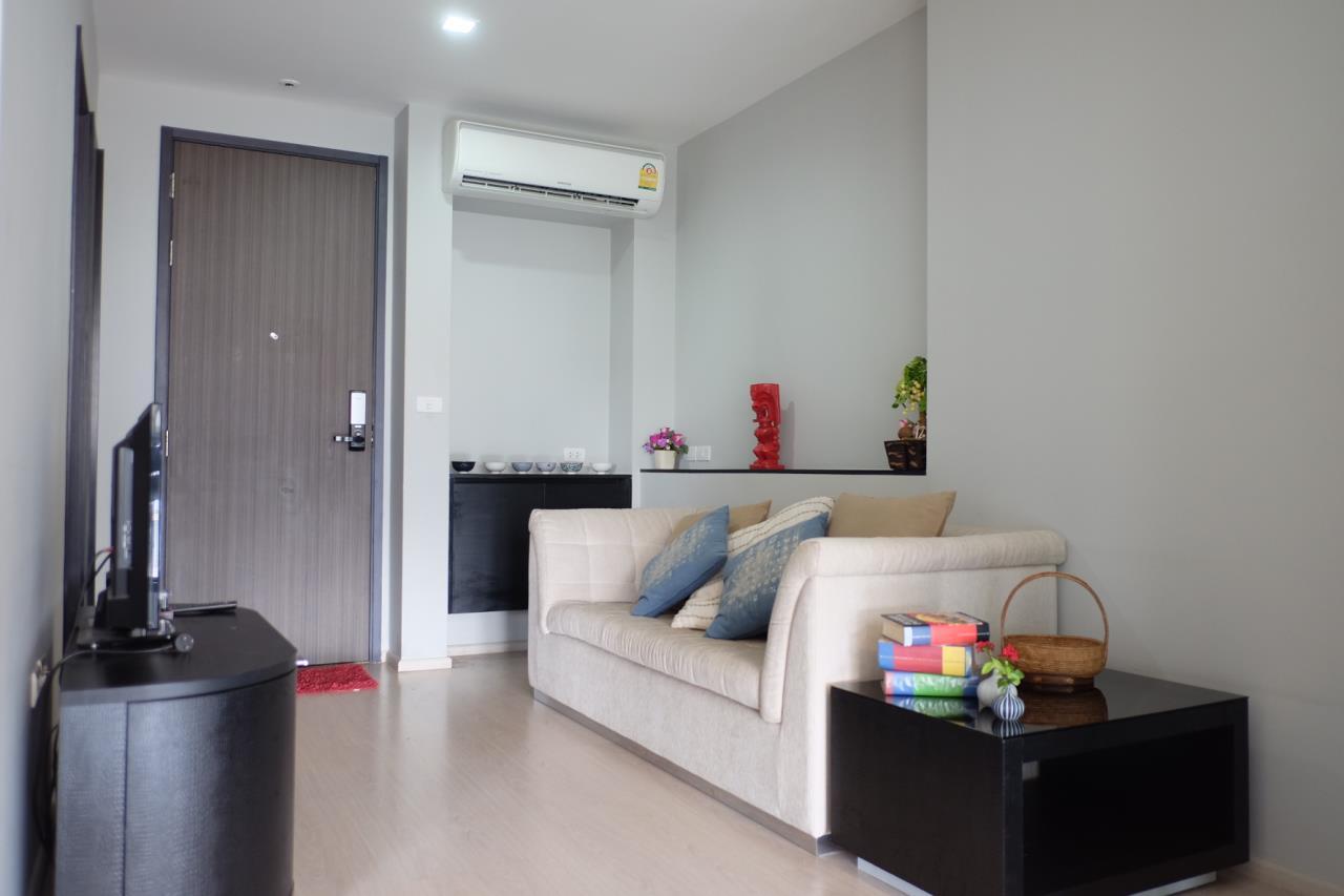 Arken Estate Agency Property Agency near BTS & MRT Agency's Rhythm 44/1 1bedroom available only 28K ( 1 room left ) 1