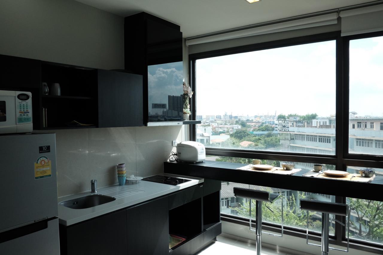 Arken Estate Agency Property Agency near BTS & MRT Agency's Rhythm 44/1 1bedroom available only 28K ( 1 room left ) 6