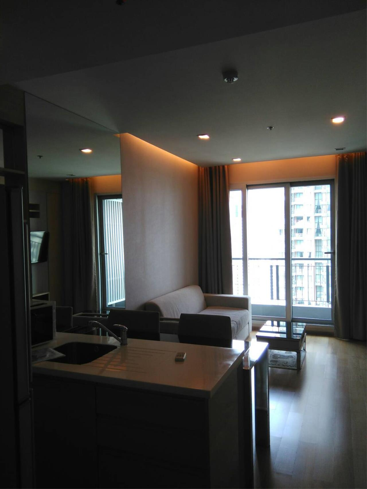 Arken Estate Agency Property Agency near BTS & MRT Agency's Address Asoke 1bedroom 45sqm only 32,000 baht 4