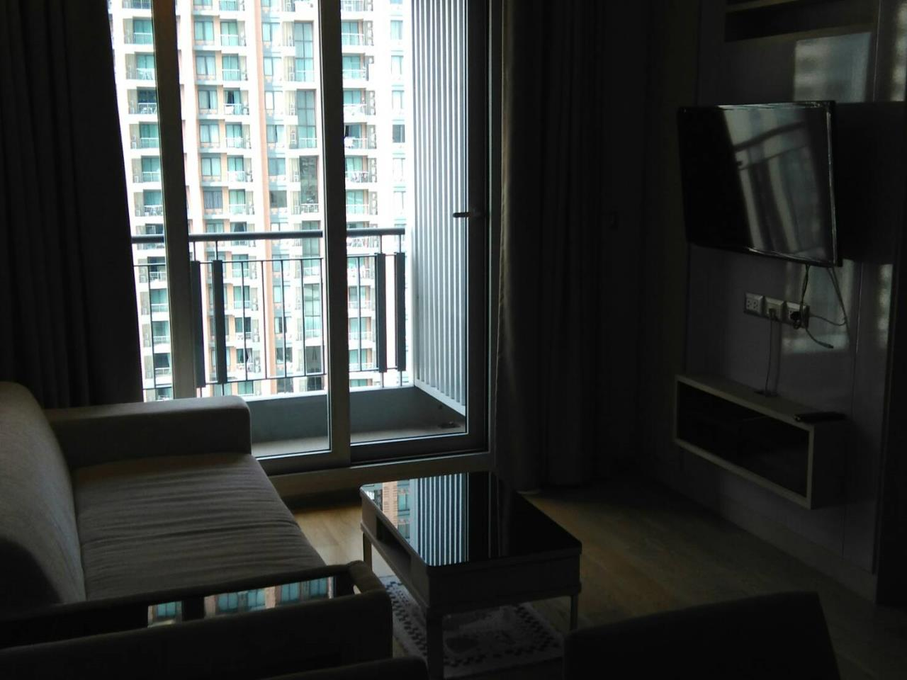 Arken Estate Agency Property Agency near BTS & MRT Agency's Address Asoke 1bedroom 45sqm only 32,000 baht 5